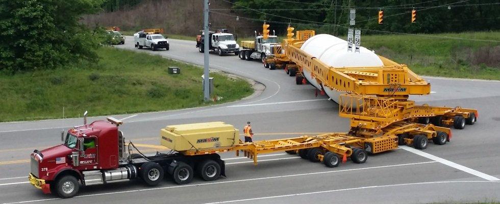 Heavy Hauling crane rental service