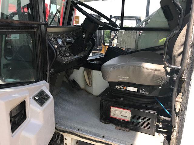 10405-cab-5