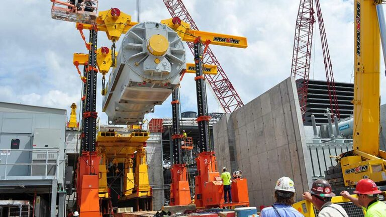 maxim crane specialized rigging cranes and equipment