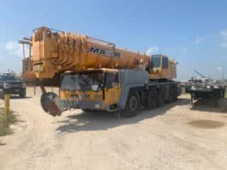 225 ton Liebherr All Terrain Crane L Side