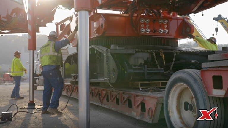 Maxim Crane Service Lift Video