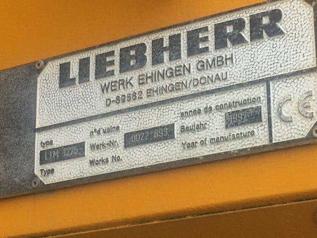 Liebherr LTM1225